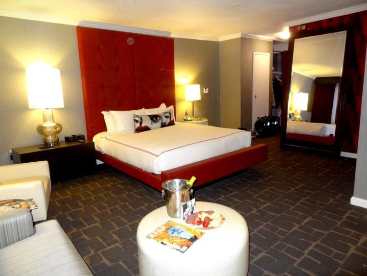 Hotel Rouge Washington DC Room