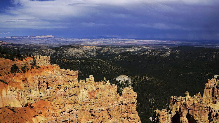 Utah National Parks: Storm over Bryce Canyon
