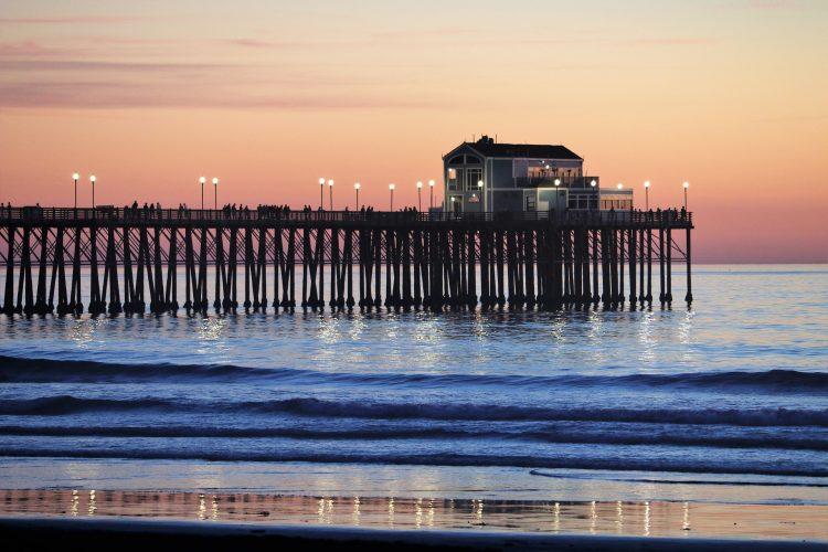 Sunsetting over the oceanside pier